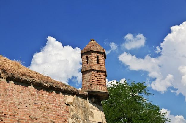 Schloss in der traurigen stadt novi, serbien