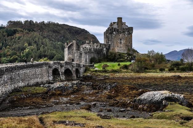 Schloss schottland brückeninsel