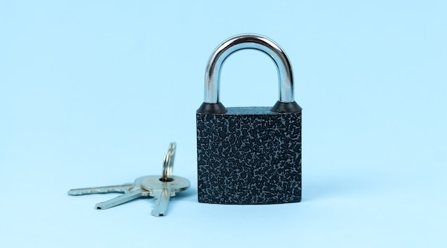 Schloss und schlüssel wie symbol des sicherheitskonzepts