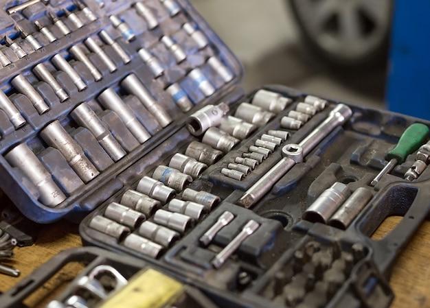 Schlüssel für autoreparaturen