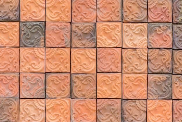 Schmutzigen weißen beton rot putz