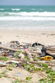 Schmutziger strand