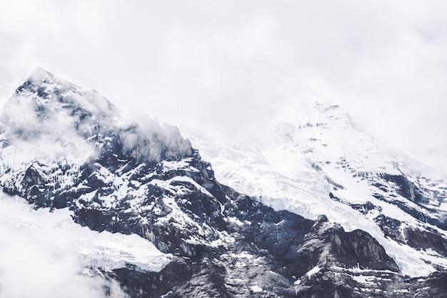 Schnee berglandschaft hintergrund