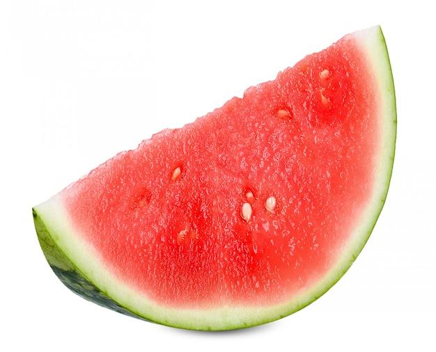 Schneiden sie die wassermelone, die auf weißem clippng pfad lokalisiert wird