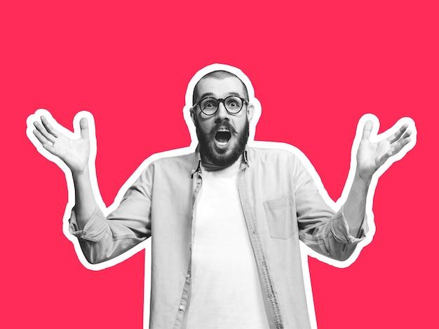 Schockiert, unsicher. collage im zeitschriftenstil mit emotionalem mann in schwarz-weißer kontur auf hellem hintergrund mit exemplar. modernes design, kreative kunstwerke, stil und menschliches emotionskonzept.