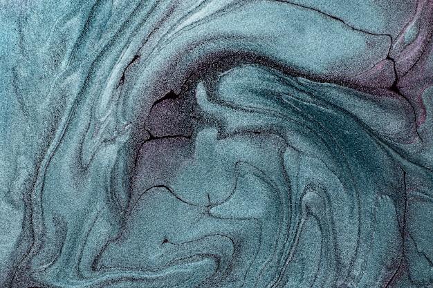 Schön schimmernde türkisfarbene und violette flecken von flüssigem nagellackgestreifte lacktextur