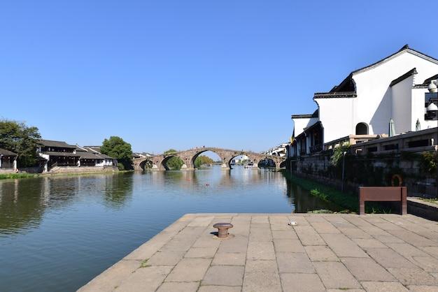 Schöne alte stadt in hangzhou, chin