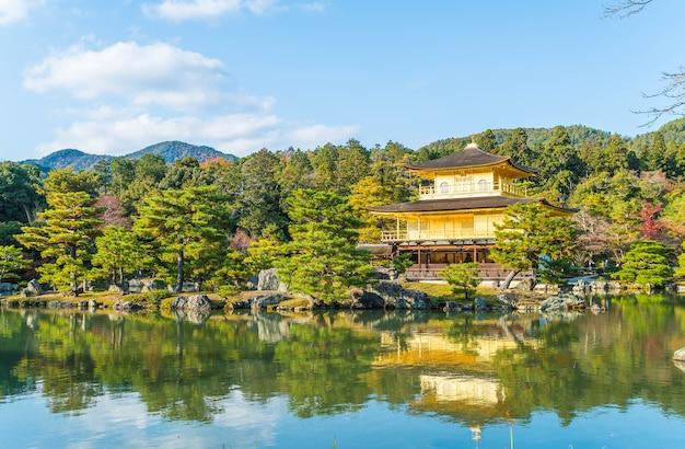 Schöne architektur im kinkakuji-tempel
