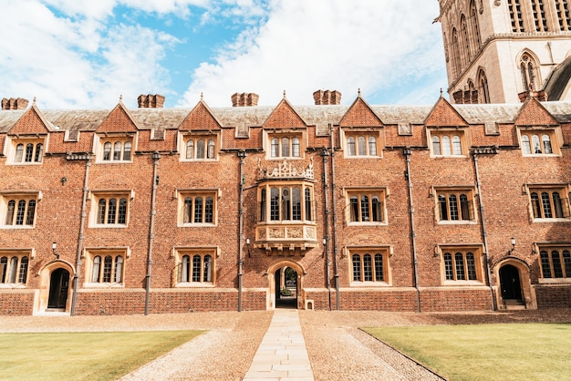 Schöne architektur st. john's college in cambridge