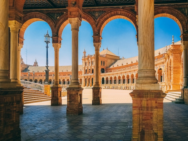 Schöne aussicht auf die plaza de espana in sevilla, in spanien