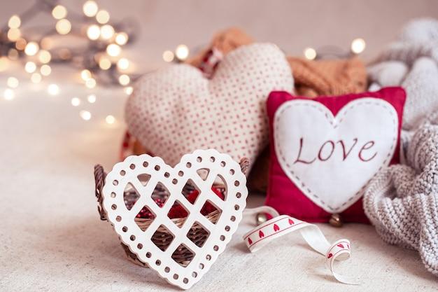 Schöne dinge zur dekoration zum valentinstag.