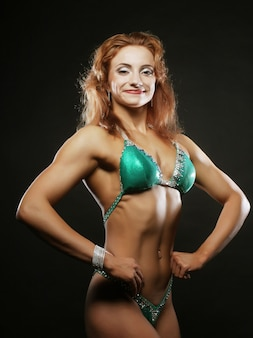 Schöne frau bodybuilder