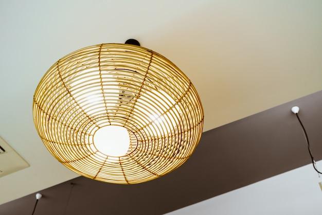 Schöne hängende lichtlampe