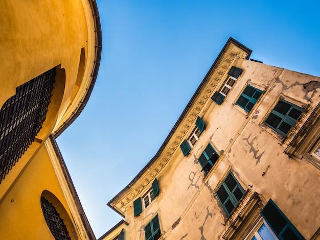 Schöne häuser der fabelhaften stadt genua