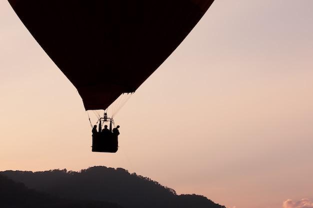 Schöne heißluftballons