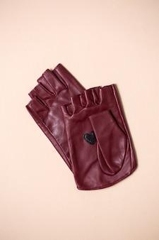 Schöne helle handschuhe aus echtem leder für frauen
