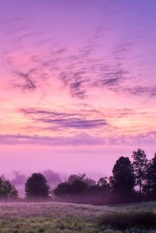Schöne landschaft des sonnenaufgangs in der landschaft des nordwestens von pennsylvania