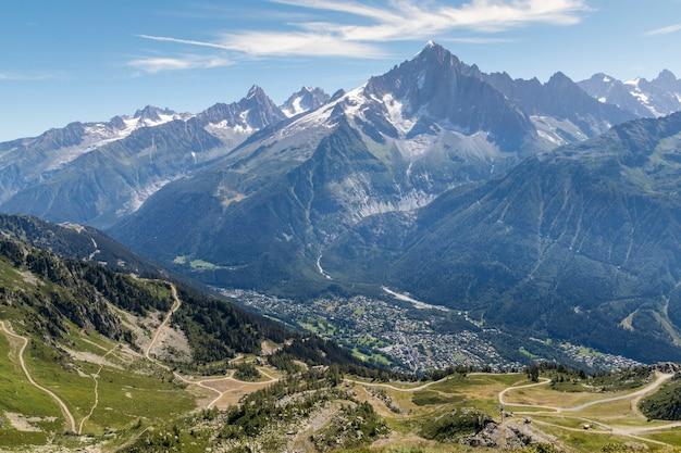 Schöne landschaft in chamonix französische alpen berge in europa