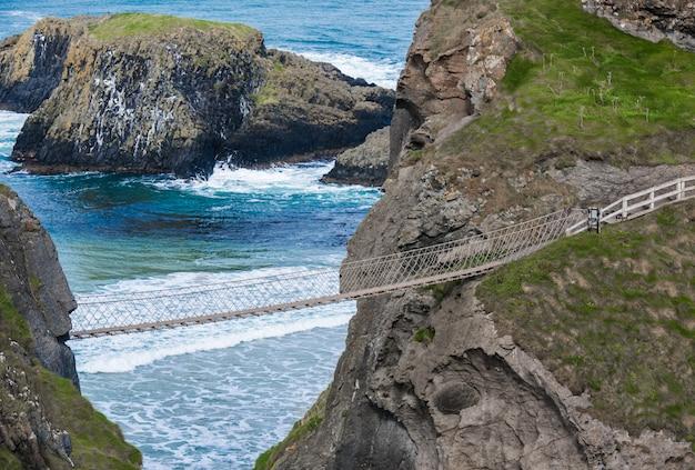 Schöne landschaft in nordirland, vereinigtes königreich.