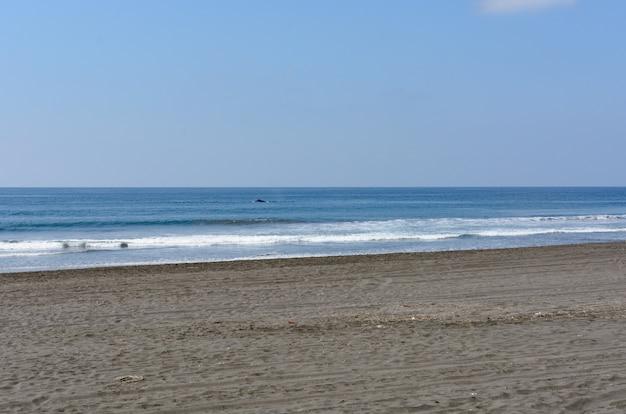 Schöne landschaft sonnenuntergang cuyutln beach colima mexiko