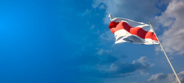 Schöne nationalstaatsflagge von weißrussland mit leerzeichen auf breitem hintergrund