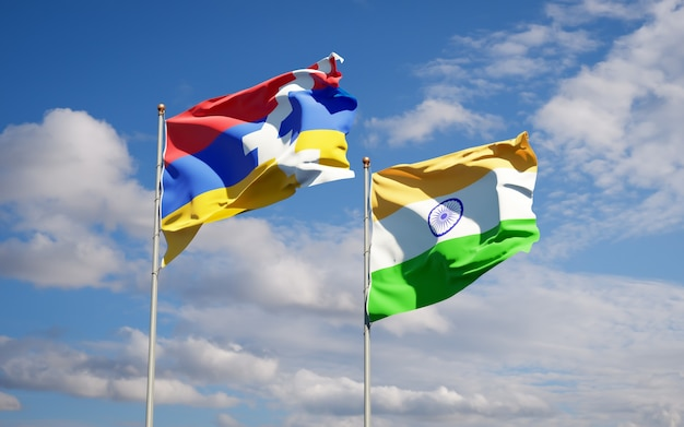 Schöne nationalstaatsflaggen von indien und artsakh zusammen