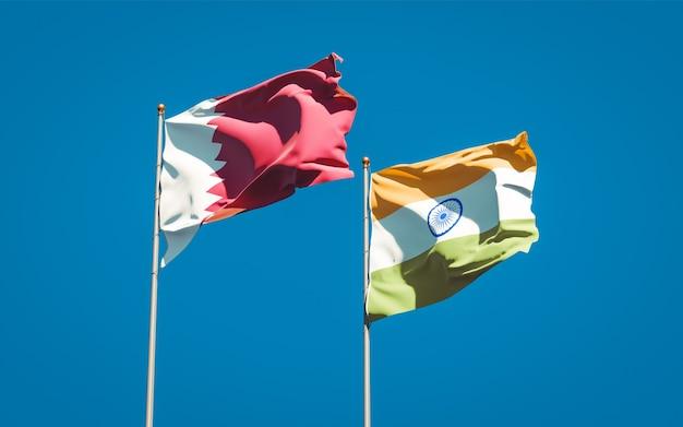 Schöne nationalstaatsflaggen von katar und indien zusammen