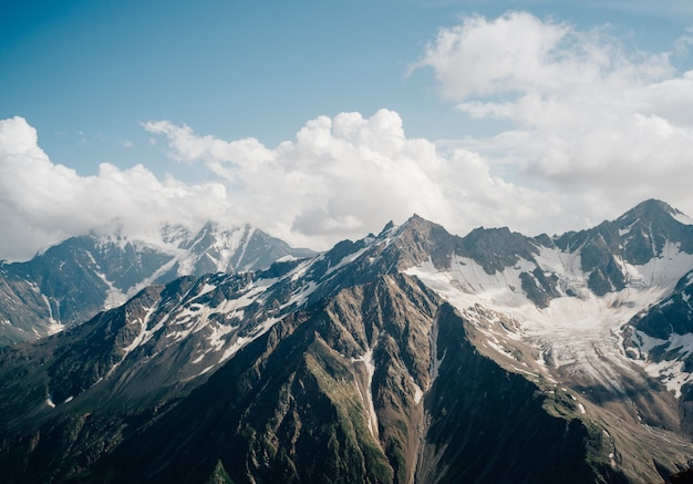 Schöne naturlandschaft der berge