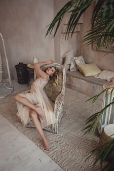 Schöne sexy frau blondes haar ostart arabisch
