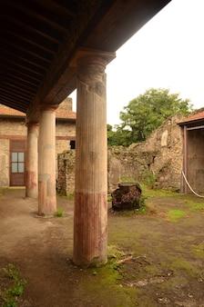 Schöne stadt pompeji in der zeit eingefroren