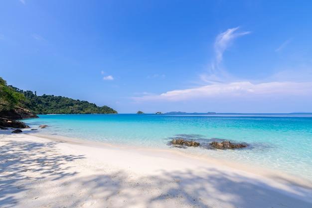 Schöne strandansicht koh chang inselmeerblick