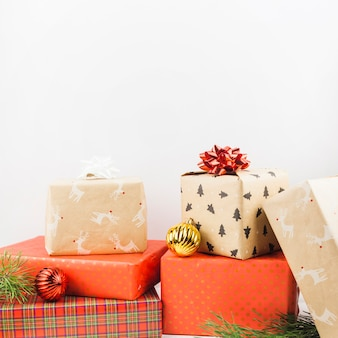 Schöne weihnachtsgeschenke zusammensetzung