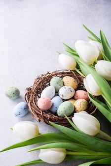Schöne weiße tulpen