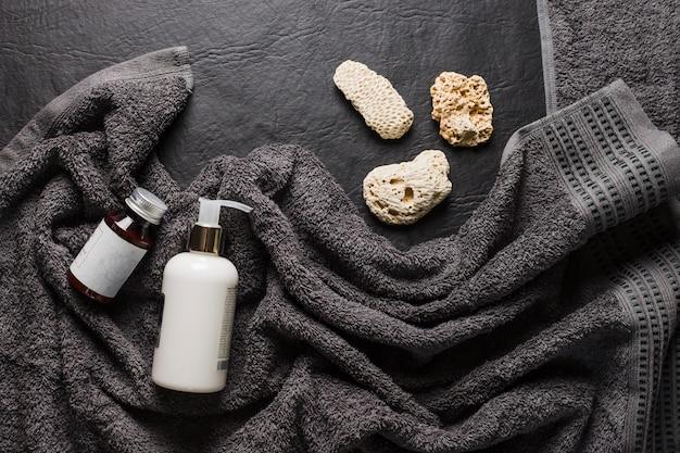 Schöne zusammensetzung für badekurort- oder badkonzept