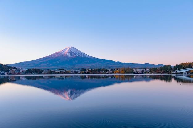 Schöner panoramablick auf den berg fuji