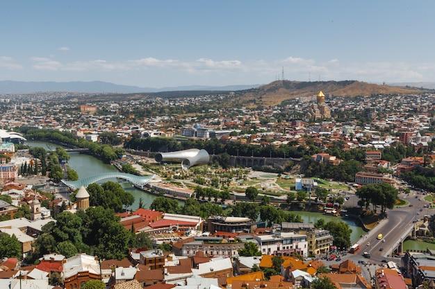 Schöner panoramablick auf tiflis