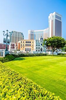 Schönes architekturgebäude von venetianischem und anderem hotelerholungsort und kasino