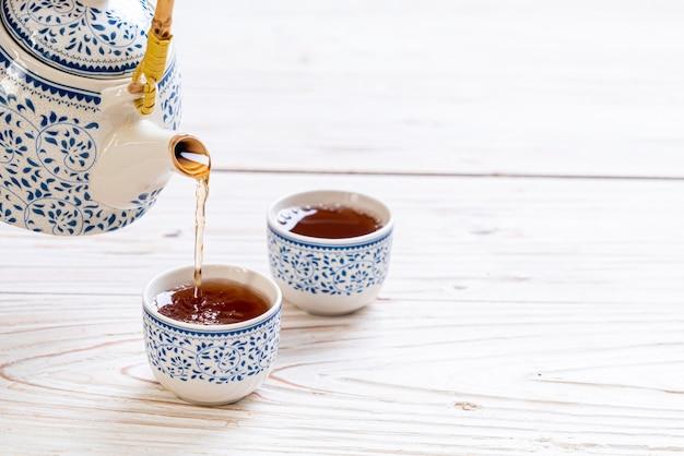 Schönes chinesisches teeservice