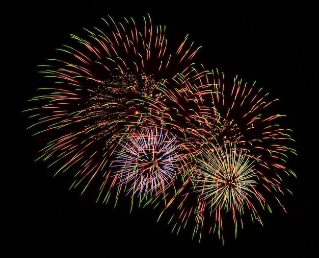 Schönes feuerwerk zum feiern