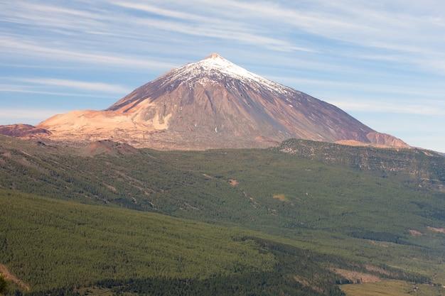 Schönes foto des spanischen inaktiven vulkans teide