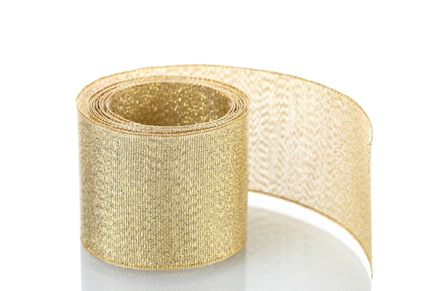 Schönes goldenes band isoliert auf weiß