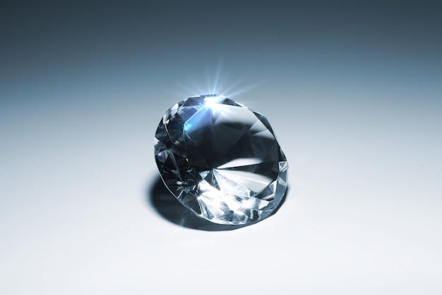 Schönes leuchtendes juwel