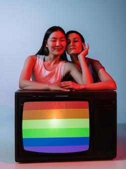 Schönes paar lesbische frauen