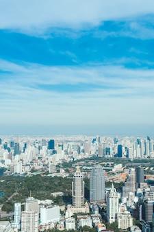 Schönes stadtbild mit architektur und gebäude in bangkok