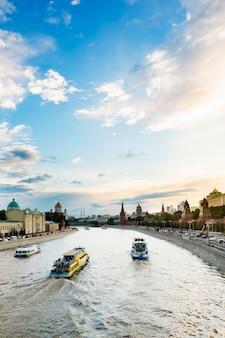 Schönes stadtbild nahe dem kreml