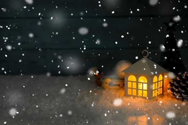 Schönes weihnachtshaus