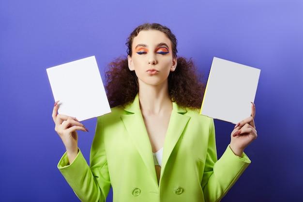 Schönheitskosmetik für die gesichts- und lippenpflege. kosmetische gesichtsmaske, junge saubere haut, pralle lippen