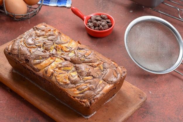 Schokoladen-marmor-käse-brownie-kuchen