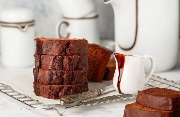 Schokoladen-pfund-kuchen-laib