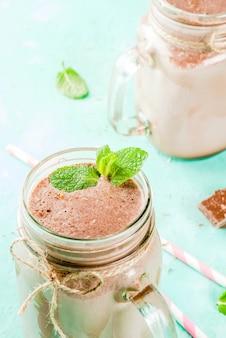 Schokoladen-smoothie oder milchshake